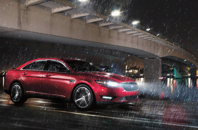 Safety Features of 2016 Ford Taurus