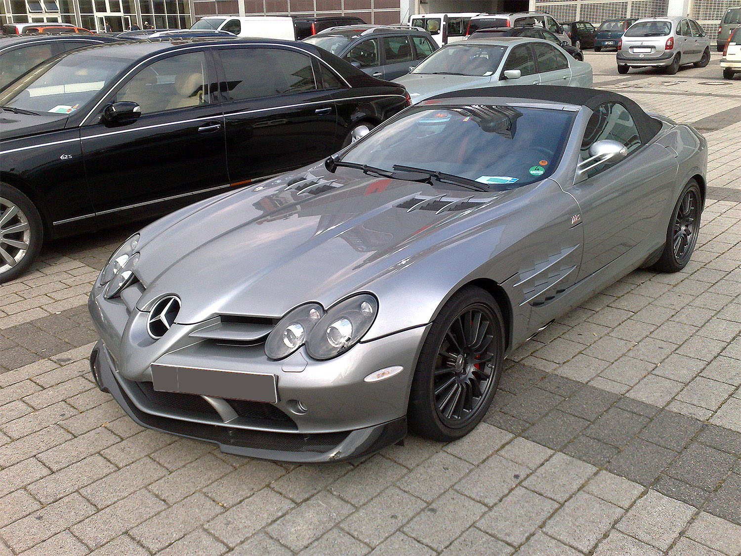 Famous People Cars – Mercedes-Benz SLR McLaren 722 Edition