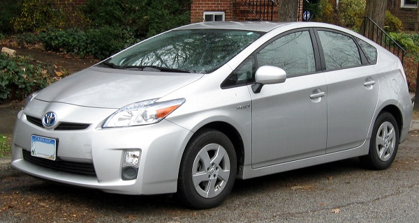 Mandy Moore and Her Toyota Prius
