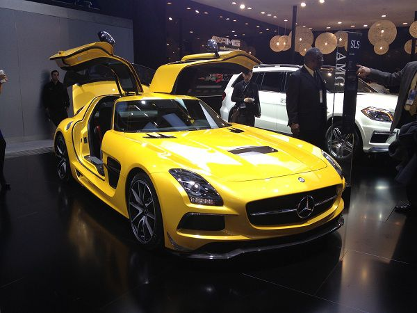 Mercedes-Benz SLS AMG 2014 - An Epitome Of Celebrity Cars